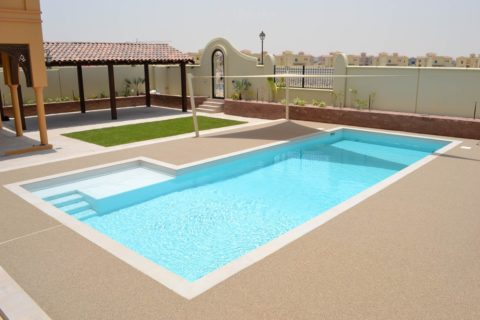 Permeable Pavement Pool Deck | Private Villa | Making Ground Resin Bound Flooring