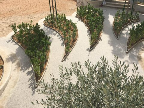 Resin Bound Permeable Paving | Palm Jumeirah Private Villa on Beach | Making Ground